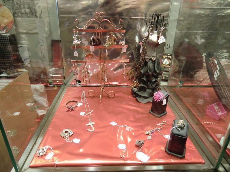 bijoux fantaisie en depot vente
